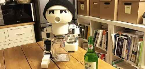 drinky_drinking_robot_2016