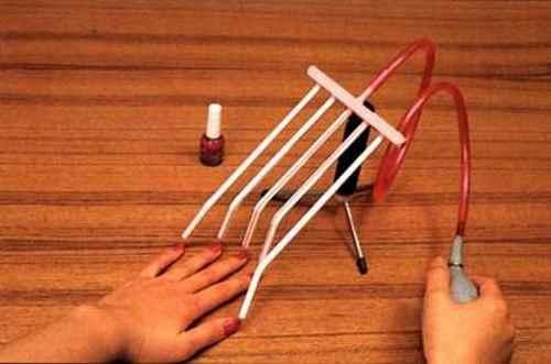 nail-painter